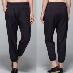 Lululemon Rollin' With My Omies Pant Jogger Black